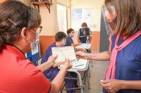 Ya está disponible la segunda dosis de la vacuna contra el COVID-19 para docentes salteños
