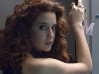 María Pedraza fue fotografiada por paparazzis en bikini y este es el verdadero tamaño de su retaguardia