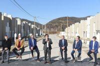 Casa propia: Sáenz entregó viviendas a vecinos de Pereyra Rozas