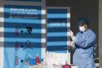 Bajan los casos de coronavirus en Argentina pero las muertes no ceden